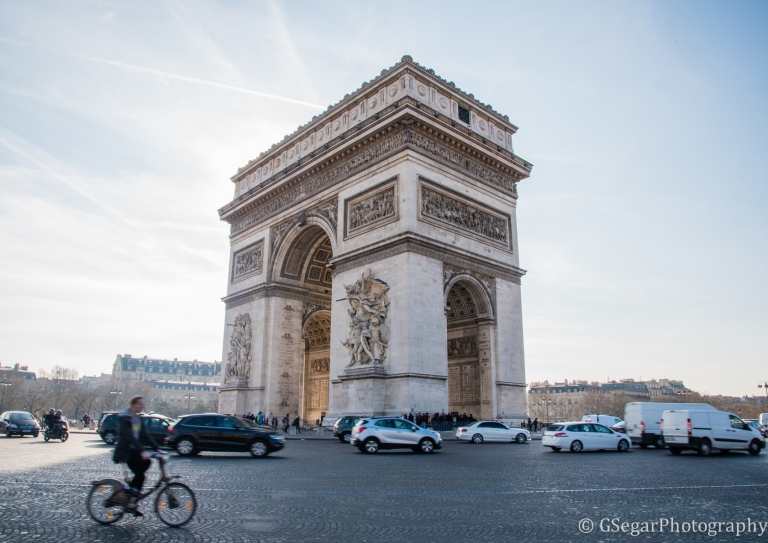 Arc de Triompne + bike resized