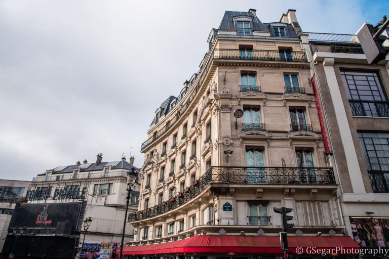 Resized Building Pigalle